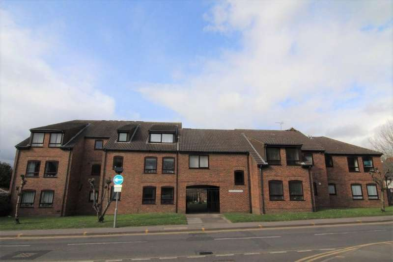 2 Bedrooms Apartment Flat for sale in Sharonelle Court, Wokingham