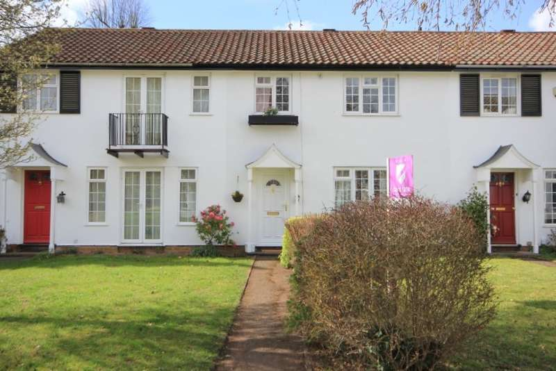 3 Bedrooms Town House for sale in Hollins Walk, Reading, RG30