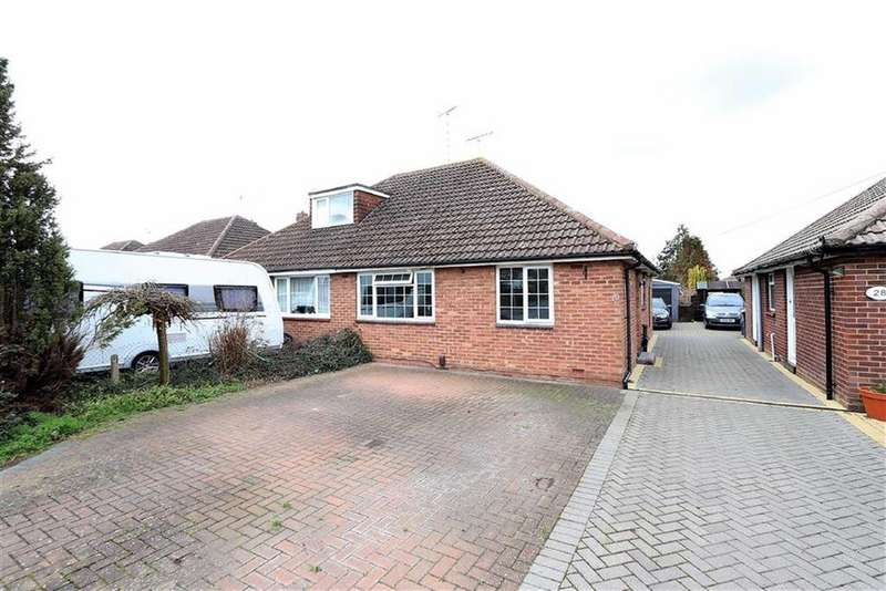 2 Bedrooms Semi Detached Bungalow for sale in Clipstone Crescent, Leighton Buzzard