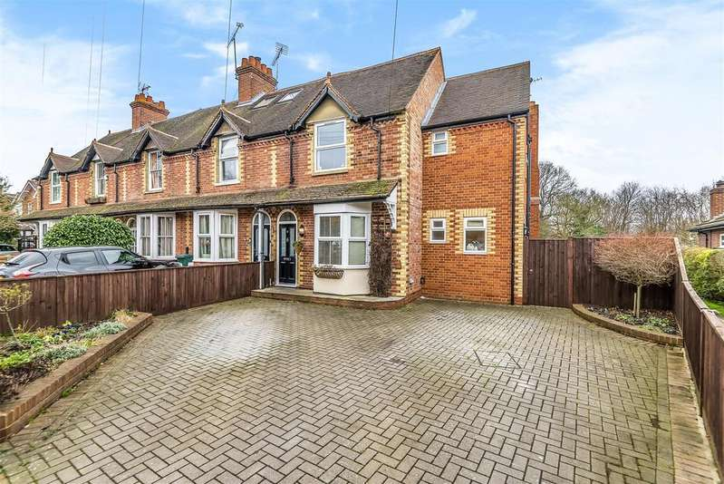 4 Bedrooms End Of Terrace House for sale in Evendons Lane, Wokingham, Berkshire RG41 4AT