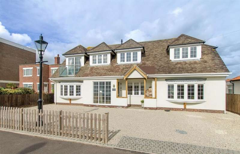 4 Bedrooms Detached House for sale in Portsmouth Road, Lee-on-the-Solent, Hampshire