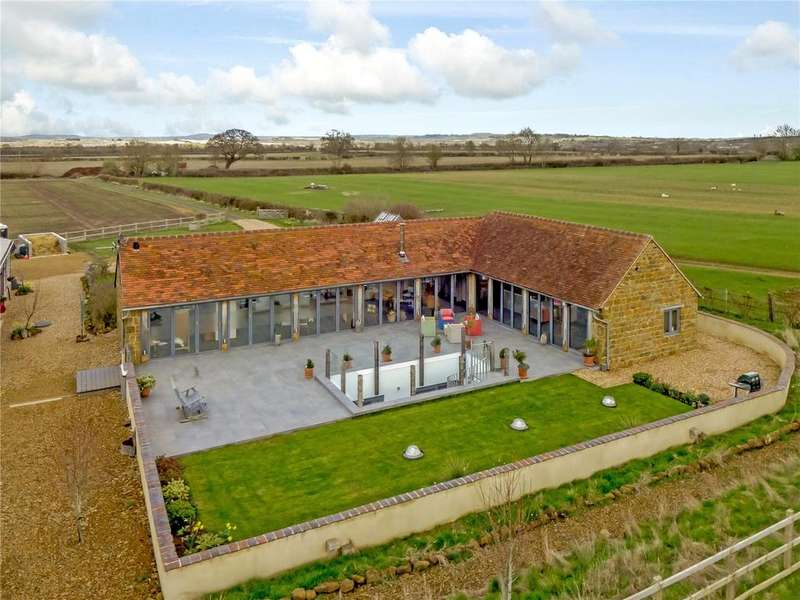 4 Bedrooms Detached House for sale in Northend, Southam, Warwickshire