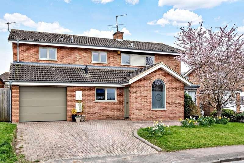 5 Bedrooms Detached House for sale in Charlton Kings, Cheltenham