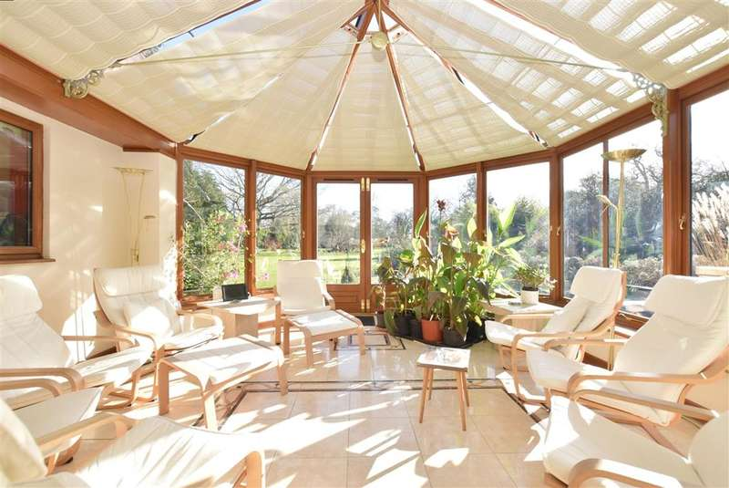 6 Bedrooms Detached House for sale in Spear Hill, , Ashington, West Sussex