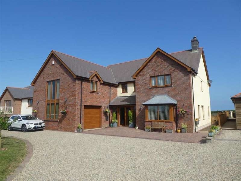 5 Bedrooms Detached House for sale in Beulah, Nr Aberporth,