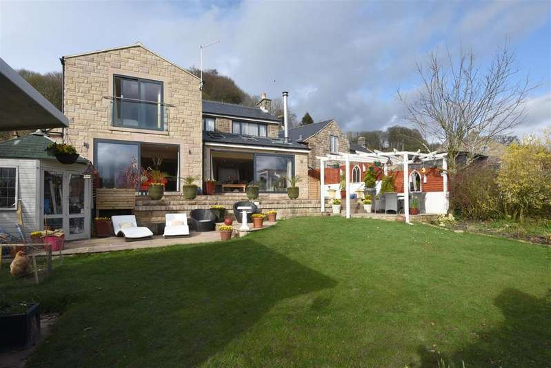 4 Bedrooms Detached House for sale in Main Street, Birchover