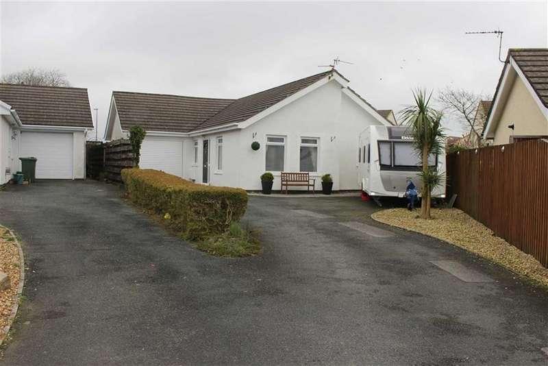 4 Bedrooms Detached Bungalow for sale in Millfields Close, Pentlepoir