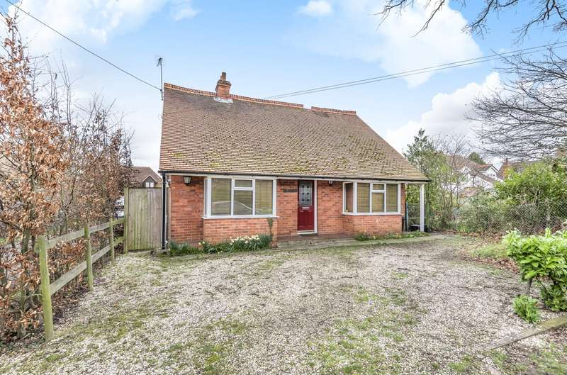 3 Bedrooms Detached Bungalow for sale in Grovelands Road, Spencers Wood