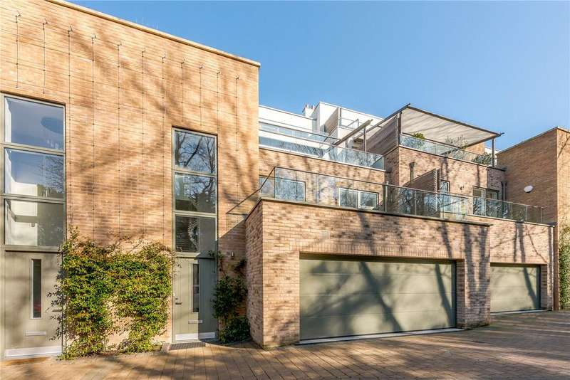 4 Bedrooms House for sale in Chantry Quarry, Guildford, Surrey