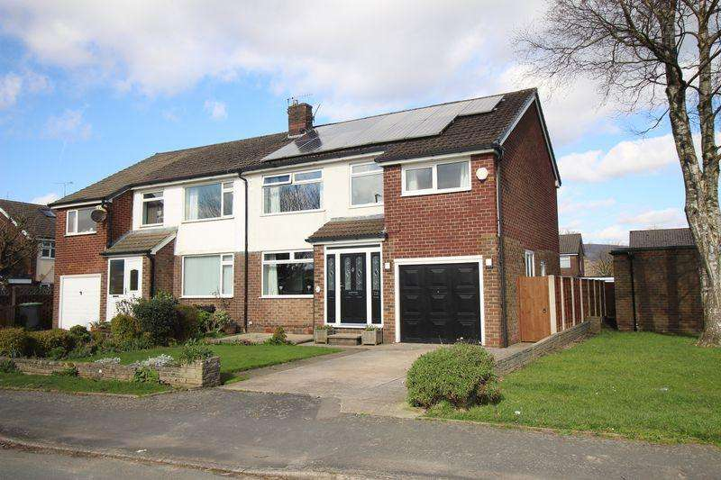 5 Bedrooms Semi Detached House for sale in Lower Barn Road, Glossop