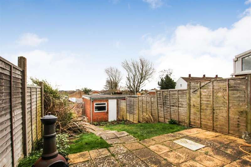3 Bedrooms Terraced House for sale in Corbet Square, Leighton Buzzard