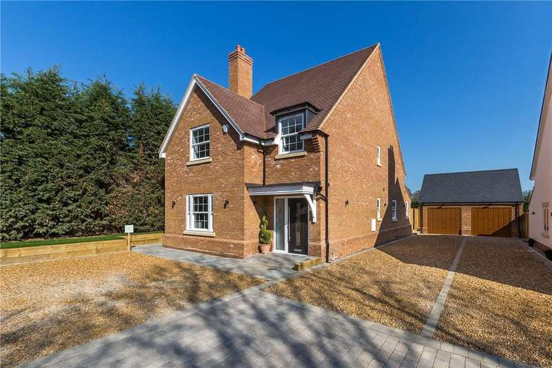 4 Bedrooms Detached House for sale in Winters Lane, Walkern, Stevenage