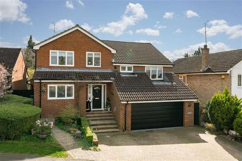 5 Bedrooms Detached House for sale in Byron Road, Harpenden, Hertfordshire