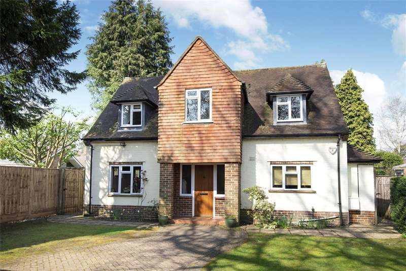 4 Bedrooms Detached House for sale in Old Woking Road, West Byfleet, Surrey, KT14