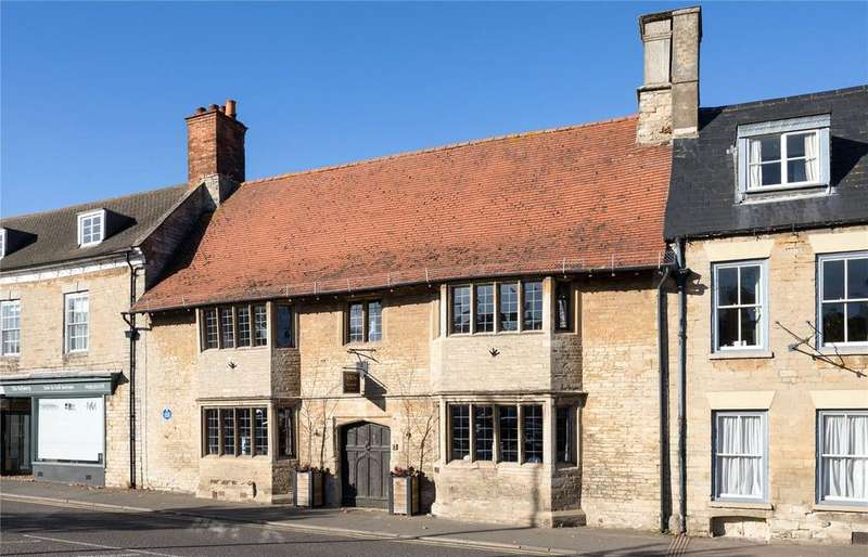 5 Bedrooms House for sale in Market Square, Higham Ferrers, Northamptonshire, NN10