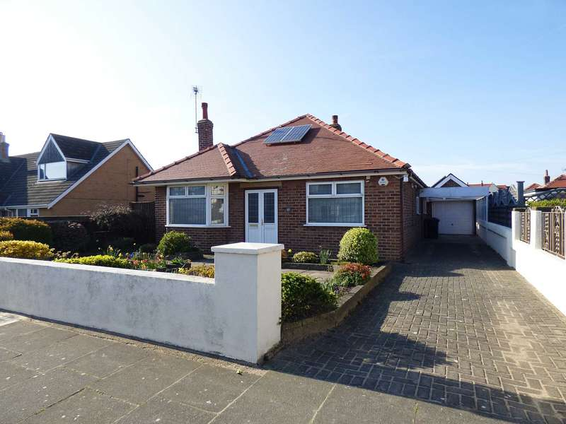 2 Bedrooms Detached Bungalow for sale in St Hilda`s Road, St Annes