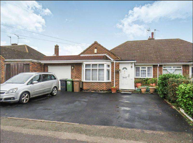 3 Bedrooms Bungalow for sale in Rossfold Road, Luton
