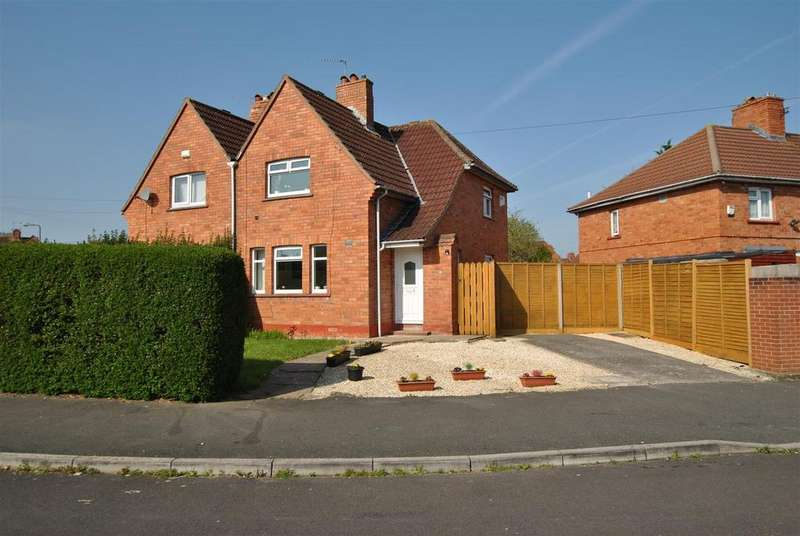 3 Bedrooms Semi Detached House for sale in Dunster Road, Bristol