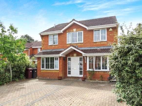 4 Bedrooms Detached House for sale in Greenidge Close, Reading, Berkshire