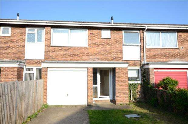 3 Bedrooms Terraced House for sale in Tenby Avenue, Caversham, Reading