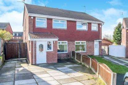 3 Bedrooms Semi Detached House for sale in Bathgate Way, Liverpool, Merseyside, L33