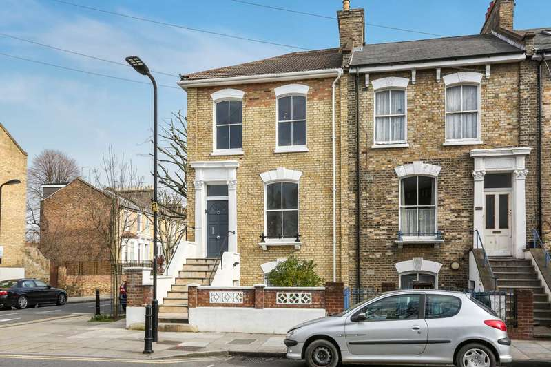 4 Bedrooms House for sale in Cecilia Road, Dalston