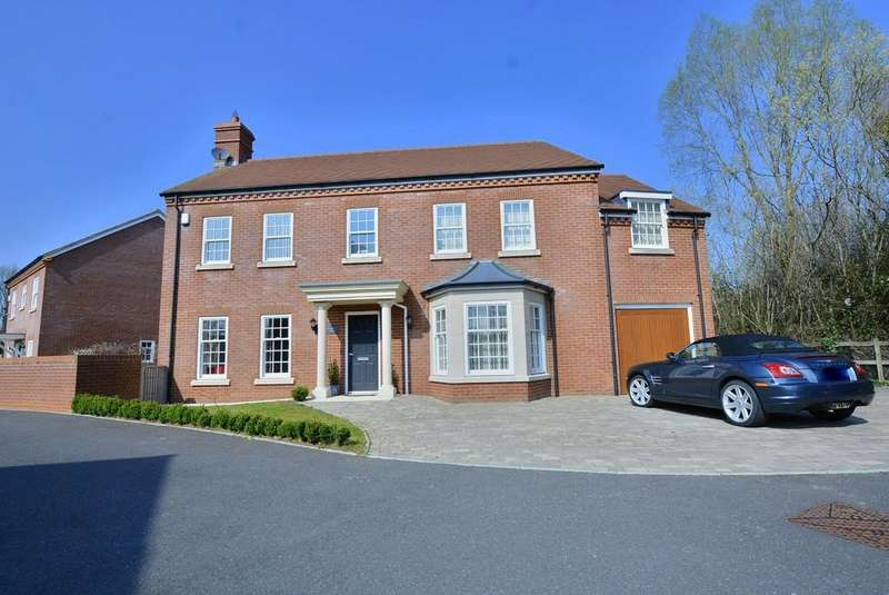 4 Bedrooms Detached House for sale in Kingsmere House, Rosemead, Verwood