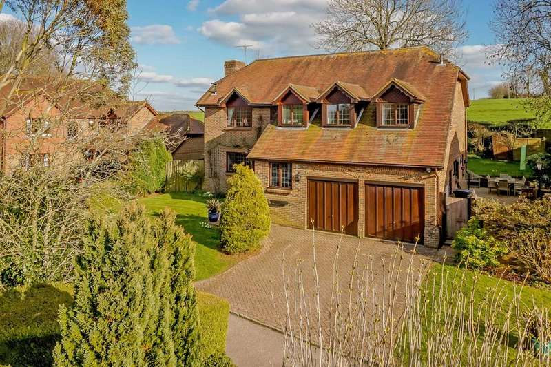 4 Bedrooms Detached House for sale in South Hill, Upton Grey, Basingstoke, Hampshire