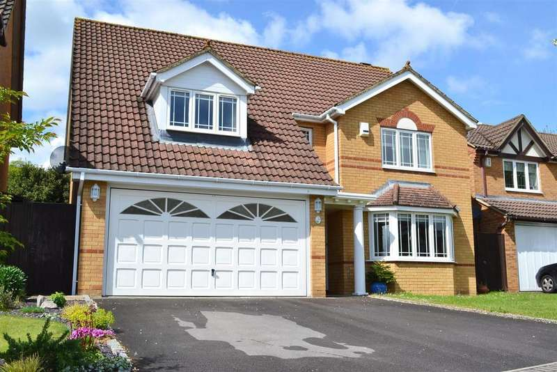 4 Bedrooms Detached House for sale in Withybed Way, Thatcham.