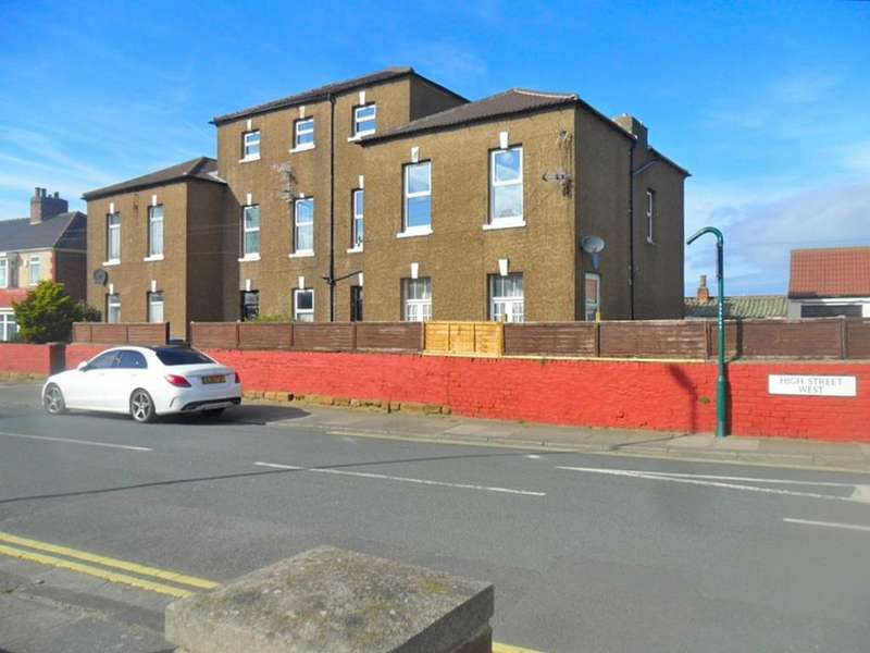 1 Bedroom Block Of Apartments Flat for sale in High Street West