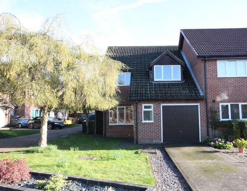 3 Bedrooms Semi Detached House for sale in Conway Drive, Thatcham, RG18