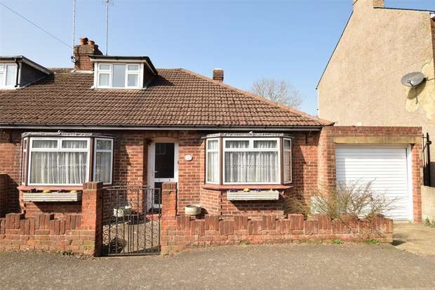 2 Bedrooms Semi Detached Bungalow for sale in Kingswood Road, Dunton Green, Sevenoaks, Kent