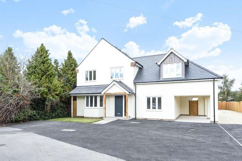 4 Bedrooms Detached House for sale in St. Ives Close, Theale
