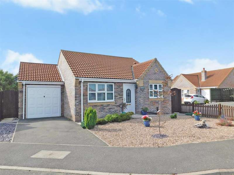 2 Bedrooms Detached Bungalow for sale in Mumby Meadows, Mumby, LN13 9GF