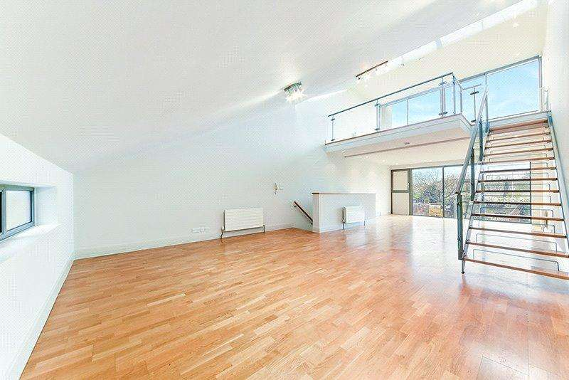 3 Bedrooms Terraced House for sale in Paradise Passage, London, N7