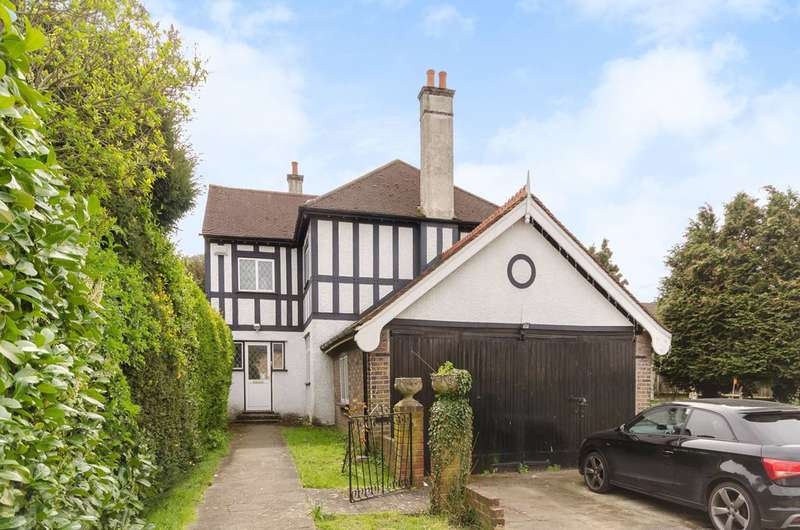 4 Bedrooms Detached House for sale in Springfield Road, Wallington, SM6