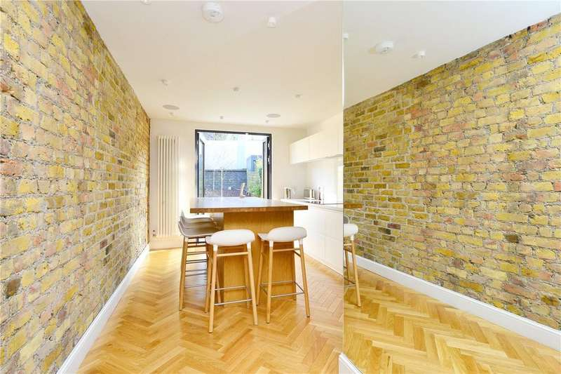 3 Bedrooms Terraced House for sale in Moncrieff Street, Peckham Rye, London, SE15