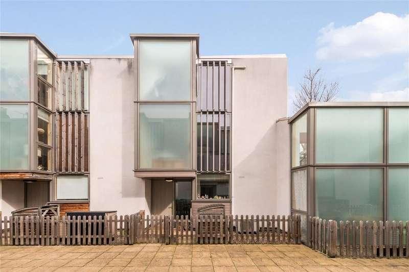 3 Bedrooms Terraced House for sale in Century Mews, Highbury, London