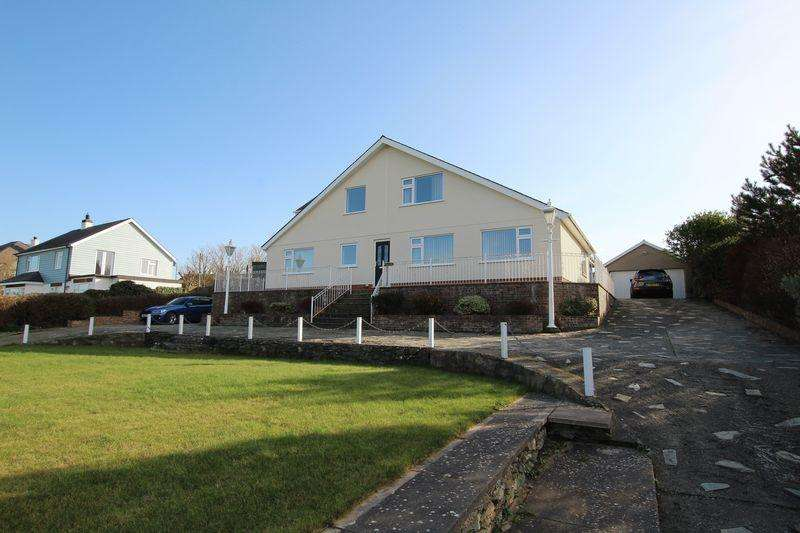5 Bedrooms Detached House for sale in Cemaes, Anglesey