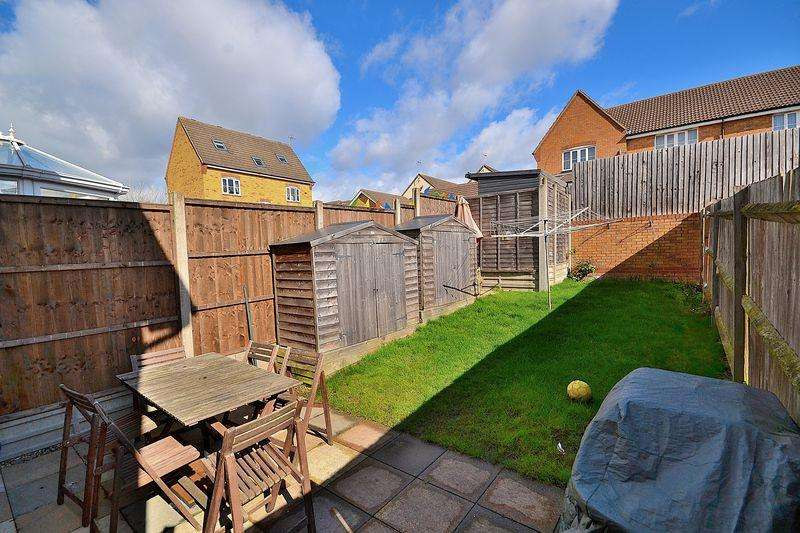 3 Bedrooms Terraced House for sale in Complete Upper Chain Open To Offers...