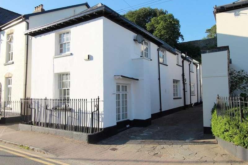 3 Bedrooms Detached House for sale in Porthycarne Street, Usk, NP15