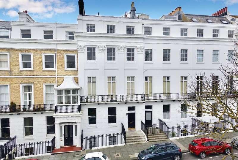 4 Bedrooms Apartment Flat for sale in Sussex Square, Brighton, East Sussex, BN2 1FJ