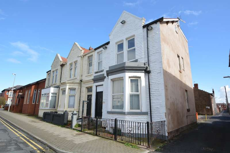 6 Bedrooms End Of Terrace House for sale in Livingstone Road, Blackpool, FY1 4BZ