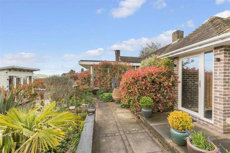 4 Bedrooms Detached House for sale in Hill Road, Lewes, East Sussex