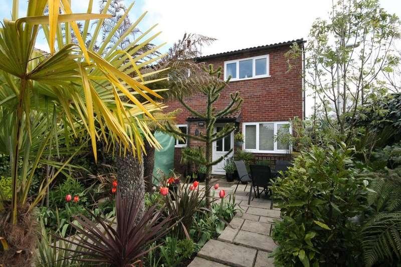 1 Bedroom Cluster House for sale in Walton Way, Newbury, RG14