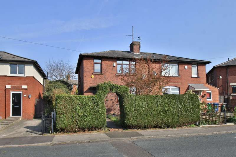 3 Bedrooms Semi Detached House for sale in Moorland Avenue, Milnrow, OL16 3DZ