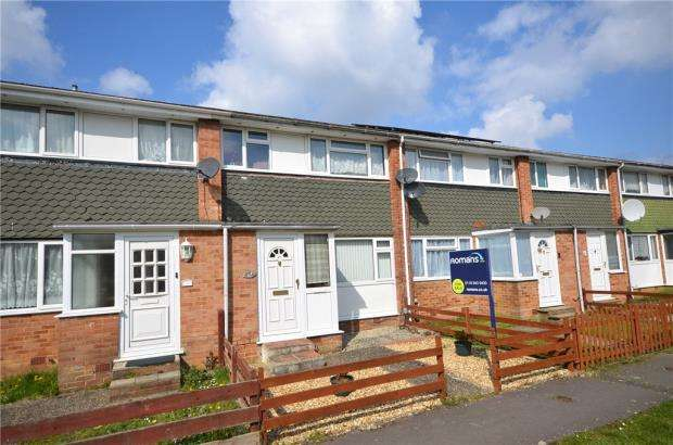3 Bedrooms Terraced House for sale in Poole Close, Tilehurst, Reading
