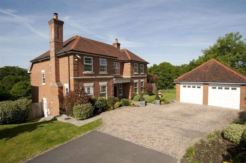 5 Bedrooms Detached House for sale in Kendrick Gate, Tilehurst, Reading