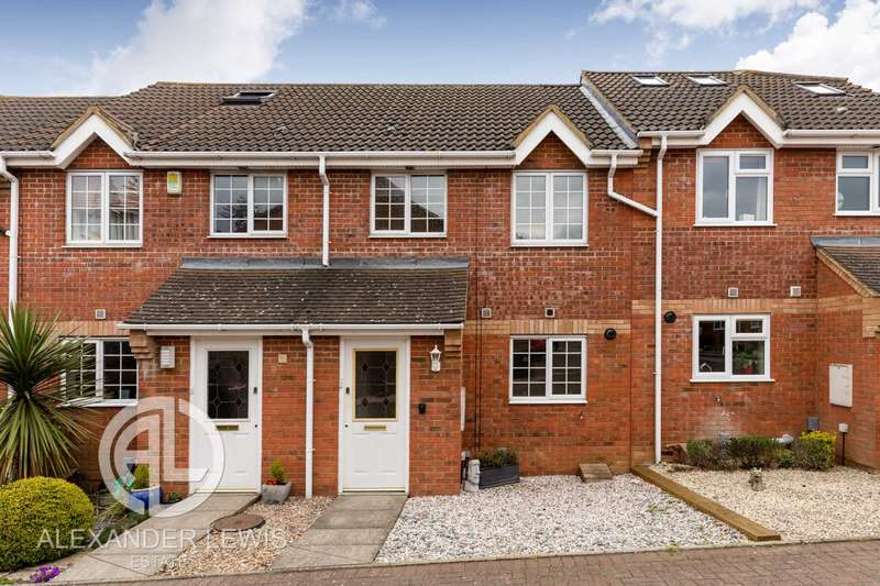 3 Bedrooms Terraced House for sale in Priory Gate, Shefford, SG17 5TX