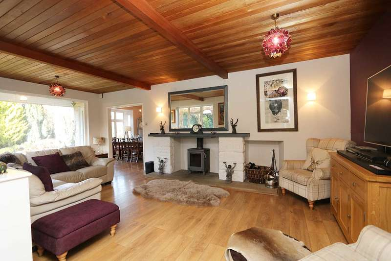 4 Bedrooms Detached House for sale in Bradfield Southend, Berkshire